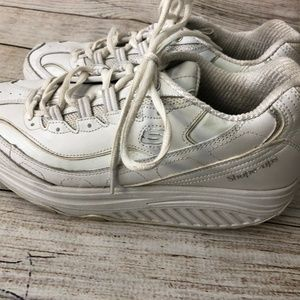 Skechers Shoes - Skechers Shapeups sz 9.5 White Silver Walking Shoe